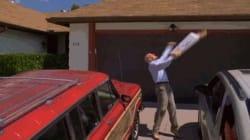 Breaking Bad: Ο Vince Gilligan προειδοποιεί τους φαν να σταματήσουν να πετούν πίτσες στη στέγη του Walter