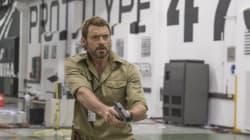 «Είμαστε κακομαθημένοι»: Ο Hugh Jackman μιλά για το «Chappie», την ρουτίνα του ηθοποιού και... για το νέο του