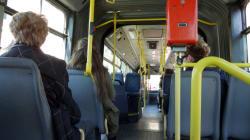 Λεωφορείο έμεινε εγκλωβισμένο 4 ώρες εξαιτίας διπλοπαρκαρισμένου