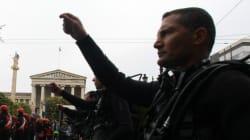 Αντιδράσεις από Σύριζα για τα εθνικιστικά συνθήματα των ΟΥΚ που θέλανε να μπουν στην