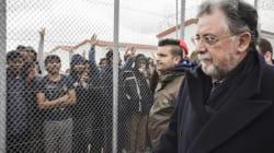 Αλλαγή πλεύσης: Η κυβέρνηση αναζητά στρατόπεδα και καταυλισμούς στην Αττική για να τα μετατρέψει σε κέντρα