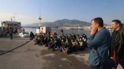 Στο λιμάνι της Μυτιλήνης ο Σταύρος Θεοδωράκης - 11 προτάσεις από το Ποτάμι για τους πρόσφυγες και τους