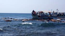 Συγκλονιστικές εικόνες από το ναυάγιο και τη διάσωση μεταναστών στη