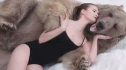 Des mannequins russes dénoncent la chasse en posant avec un