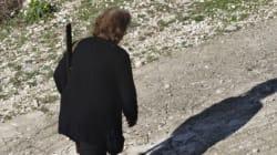 Η ζωή της κ.Σοφίας, πάντα με το όπλο επ ώμου. Είναι η τελευταία κάτοικος σε χωριό στα ελληνο-αλβανικά