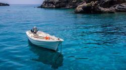 Η Ελλάδα στην 3η θέση με τις πιο καθαρές θάλασσες παγκοσμίως. Ποιες βραβεύτηκαν με «Γαλάζια