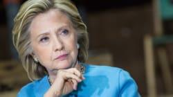 Face à la presse, Hillary Clinton mise sur le