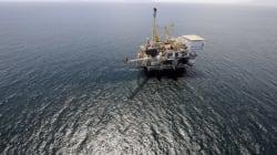 캘리포니아 해변, 8만 리터 기름