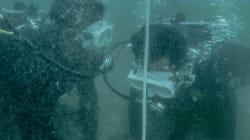 Οι δύτες - ναρκαλιευτές που ρισκάρουν την ζωή τους στα απύθμενα ύδατα της