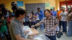 Οι Podemos κάνουν την ανατροπή στις κάλπες της