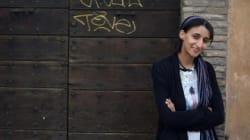 En Sicile, une jeune militante reçoit les appels des Syriens perdus en
