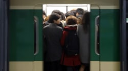 지하철 성범죄 1위: 사당역,