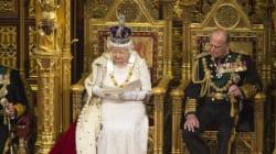Δημοψήφισμα για την παραμονή της Βρετανίας στην ΕΕ αλλά και για «πάγωμα» των φόρων εξήγγειλε η
