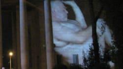 Οι κάτοικοι της Κλαυθμώνος «κατέβασαν» τους γυμνούς γίγαντες της Στέγης επειδή δεν ταίριαζαν με την αισθητική