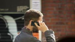 Περισσότερες από 20 ψεύτικες κεραίες κινητής τηλεφωνίας παρακολουθούν τις κλήσεις των