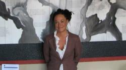 Πρόεδρος κορυφαίας οργάνωσης για τα δικαιώματα των έγχρωμων υποδυόταν την αφρομερικανή αν και