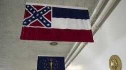 Tuerie de Charleston: le drapeau confédéré retiré de nombreuses