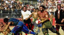 Εικόνες από το φετινό τουρνουά Calcio Storico - Το αποκαλούν το «πιο σκληρό άθλημα του