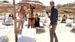 Sousse: Une photo de reporters italiens qui relaient l'info en slip fait le