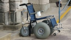Νέα Υόρκη: Άνδρας σε αναπηρικό καροτσάκι λήστεψε τράπεζα και διέφυγε