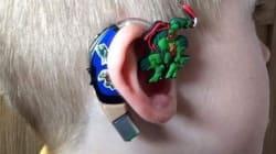 Elle transforme la prothèse auditive de son fils pour qu'il soit fier de la