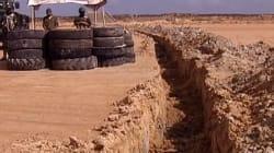 Le gouvernement de Tripoli critique la construction d'un mur par la