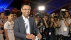FC Barcelone: Bartomeu reste