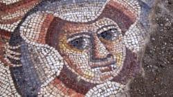 Ο Μέγας Αλέξανδρος με Εβραίο αρχιερέα σε πρωτοφανές ψηφιδωτό που ανακαλύφθηκε σε αρχαία συναγωγή στη