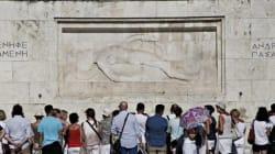 Wall Street Journal: Μαζική η προσέλευση τουριστών στην