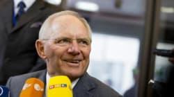Γερμανία: Στα ύψη η δημοτικότητα του Σόιμπλε λόγω της στάσης του απέναντι στην