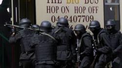 Emirats: 41 membres d'un groupe terroriste déférés devant la