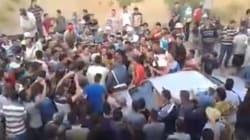 Deux gendarmes corrompus encerclés par des citoyens à Ketama