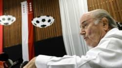Fifa: attaque, défense, Blatter toujours au centre du