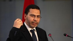 Mur de défense au Sahara: Mustapha Khalfi monte au