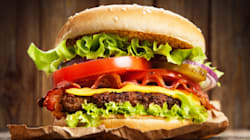 Burger King εναντίον McDonalds: Ξεκίνησαν πόλεμο με αφορμή την Παγκόσμια Ημέρα