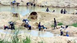 Αμερικανός συνελήφθη και κατηγορείται για εμπορία «ματωμένων διαμαντιών» κατά τη διάρκεια του εμφυλίου στη Σιέρα