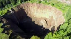 Ρωσία: Ο τεράστιος κρατήρας που μεγαλώνει διαρκώς και «καταπίνει» τα