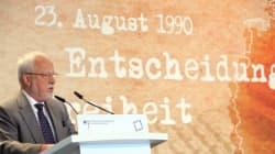 Die 10. Volkskammer der DDR - Retterin der Friedlichen