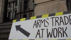 Αντιδράσεις για το διεθνές ραντεβού αγοραστών και εμπόρων όπλων στην μεγαλύτερη έκθεση