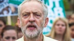 Στροφή στην Αριστερά κάνει το Εργατικό κόμμα στη Βρετανία με την εκλογή του Τζέρεμι