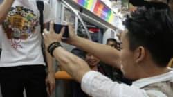 베이징 지하철에서 남친에게 프러포즈한