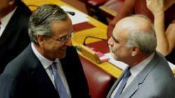 Βουλή: Τα γελάκια Τσίπρα με Άδωνι και η χειραψία