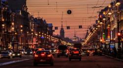 Ρωσία: Ένα άτομο με αναπηρία άγγιξε το αυτοκίνητό του κι εκείνος... τον πέταξε σε ένα