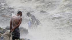 Φιλιππίνες: Ο τυφώνας Κοπού καταστρέφει σπίτια και ήδη εκτόπισε 10.000