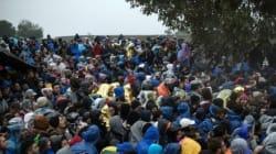 Les migrants coincés dans les