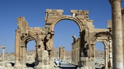 Syrie: l'EI détruit des monuments antiques à Palmyre pour exécuter trois