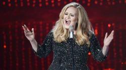 Η Adele μόλις κατάφερε κάτι που δεν έχει καταφέρει κανένας άλλος μουσικός στην