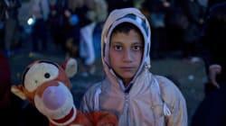 Μια γυναίκα στη Μυτιλήνη ζητά τα παλιά μας παιχνίδια για να κάνει τα παιδιά των προσφύγων να χαμογελάσουν