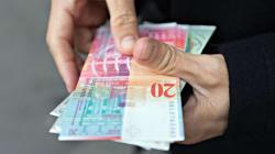 Μεγάλη ανατροπή στα δάνεια σε ελβετικό