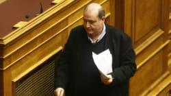 Στη Βουλή οι δύο μηνύσεις κατά του υπουργού Παιδείας Νίκου